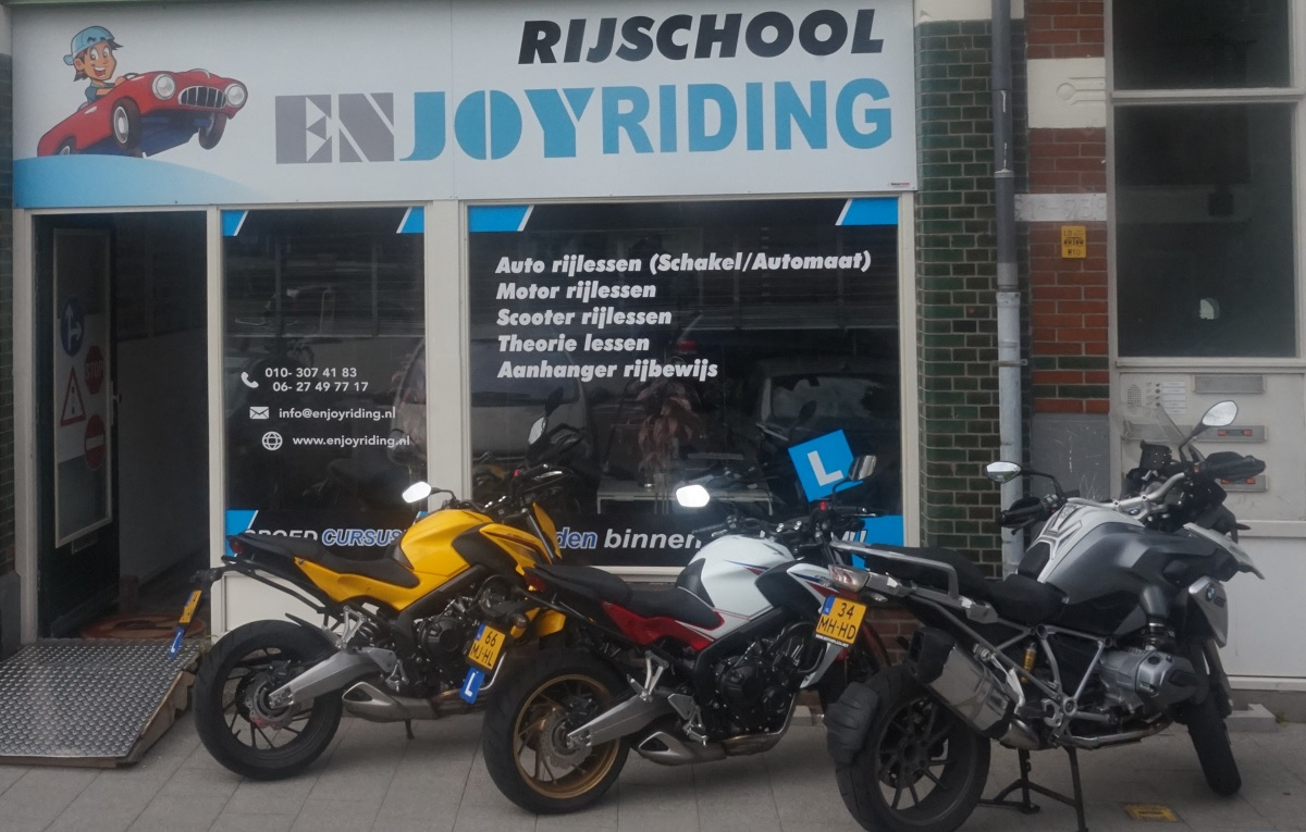 motorrijschool-voor-motorrijlessen-in-rotterdam